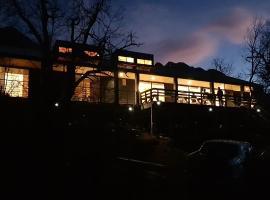 Vivelodge, hotel en Las Trancas