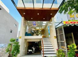 Blue-S Hotel & Apartment, hotel in Danang