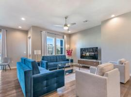 4BR Brand New Villas with Amenities, villa in New Orleans