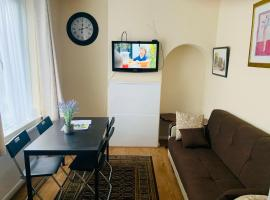 Pebview house, apartment in Bromley