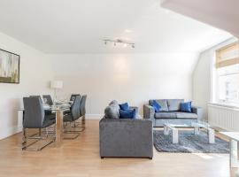Penthouse Apartment, hotel in Guildford