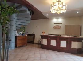Hotel San Lorenzo, hotel a Pozzolengo