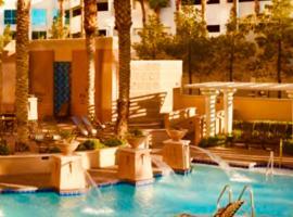 Hilton Grand A on the Strip for CES 2020, готель біля визначного місця Вежа Stratosphere, у Лас-Вегасі