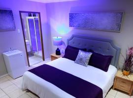 Victoria City Hotel, отель в Ораньестаде