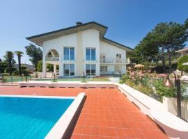 Villa Leda, bed & breakfast a Rimini