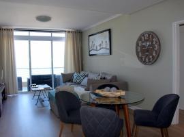 1105 Portico, apartment in Bloubergstrand