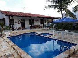 Casa Amarela, hotel with pools in Paripueira