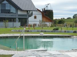 Schnatterhof, farm stay in Lambrechten