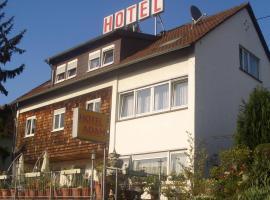 Hotel Adam, hotel in Saarbrücken