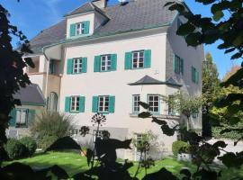 Villa Leopoldskron, apartment in Salzburg