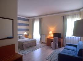 ACQUE&TERME HOTEL, hotell i Acqui Terme