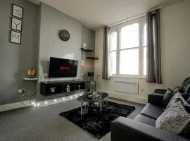 BOLTON CITY CENTRE LIVING- FREE PARKING, NETFLIX, hotel in Bolton