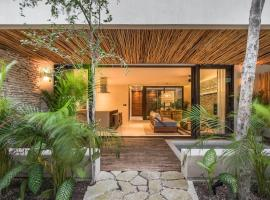 Copal Tulum Hotel, apartment in Tulum