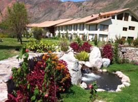 Taypikala Deluxe Valle Sagrado, hotel near Saint Peter Church, Urubamba