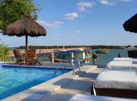 Pousada Peixe Galo, hotel with pools in Galinhos