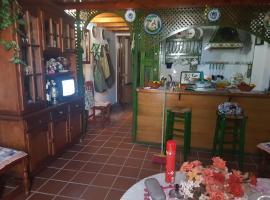 Apartamento de Lujo en Puente del Rey El Rocio, hotel in El Rocío
