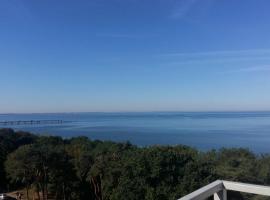 Apartament z panoramicznym widokiem na morze blisko plaży i centrum PL ENG DE, hotel near Kawcza viewpoint, Międzyzdroje