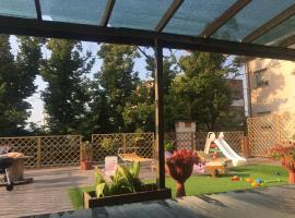 Stanza Privata, Open Space e Big Terrazza Luminosa, casa per le vacanze a Rimini