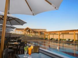 Ayla Grand Hotel, hotel in Al Ain