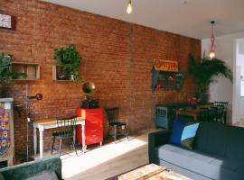130sqm appartment with 20sqm terras and free parking, self catering accommodation in Antwerp
