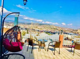 9 Borbalo Street Apartment with terrace, апартаменты/квартира в Тбилиси