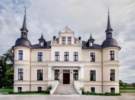 Pałac w Orli - pokoje, restauracja, B&B in Koźmin
