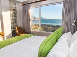 Luxury Ocean View Beachfront 2 bed apartment -206 The Waves, Blouberg, Cape Town, apartment in Bloubergstrand