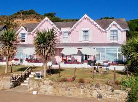 Pink Beach Guest House, guest house in Shanklin