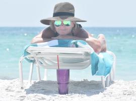 Beachfront Bliss Villas, vacation rental in Clearwater Beach