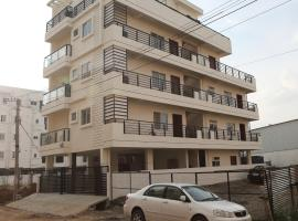 Qualtems Guest House, apartment in Bangalore
