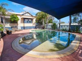 Amaroo Park, motel in Cowes