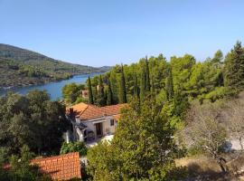 Villa Aquamare****, budget hotel in Vela Luka