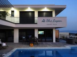 Luxury Villa Blue Lagoon, villa in Makarska