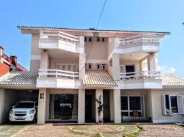Pousada Casa da Praia, homestay in Capão da Canoa