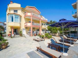 Konstantinos Beach 1, serviced apartment in Limenaria