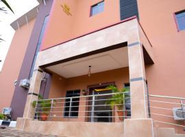 4TH Apartments & Suites, hotel in Lagos