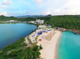 Royalton Antigua Resort & Spa - All Inclusive, hotel em Five Islands Village