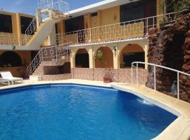 Hostal San Isidro, hotel near Compania de Jesus Church, Pisco