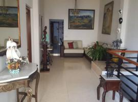 Doctor´s House, bed & breakfast a L'Avana