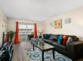 2 Bedroom 2 Bath With Patio On 11th Collins ave, apartment in Miami Beach