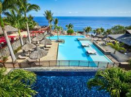 Palm Hotel & Spa, hôtel à Petite Île près de: Aéroport de Pierrefonds - ZSE