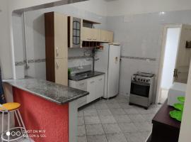 casa de família, accessible hotel in Balneário Camboriú