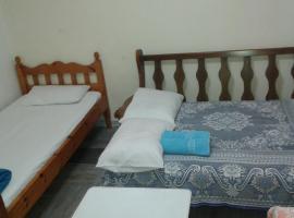 Amilia HOME near the port Piraeus, hotel in Piraeus