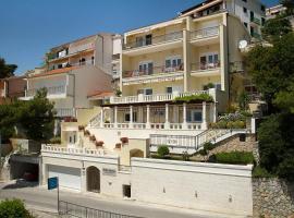 Villa King Apartments, apartment in Brela