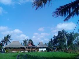 Villa Salakan, farm stay in Mambal
