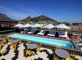Radisson RED Hotel V&A Waterfront Cape Town, hotel in Kaapstad