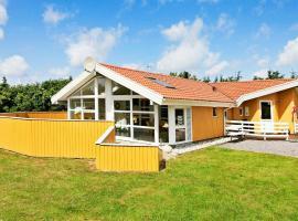 Holiday Home Engesøvej III – willa w mieście Vejers Strand