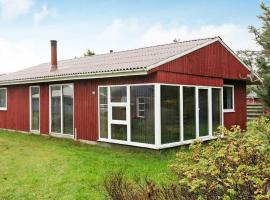 Three-Bedroom Holiday home in Oksbøl 49, villa in Vejers Strand