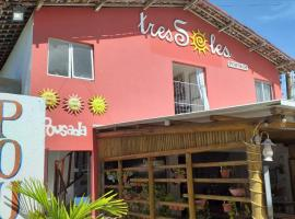 TRES SOLES, beach hotel in Praia do Frances