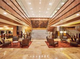 Patra Semarang Hotel & Convention, hotel in Semarang